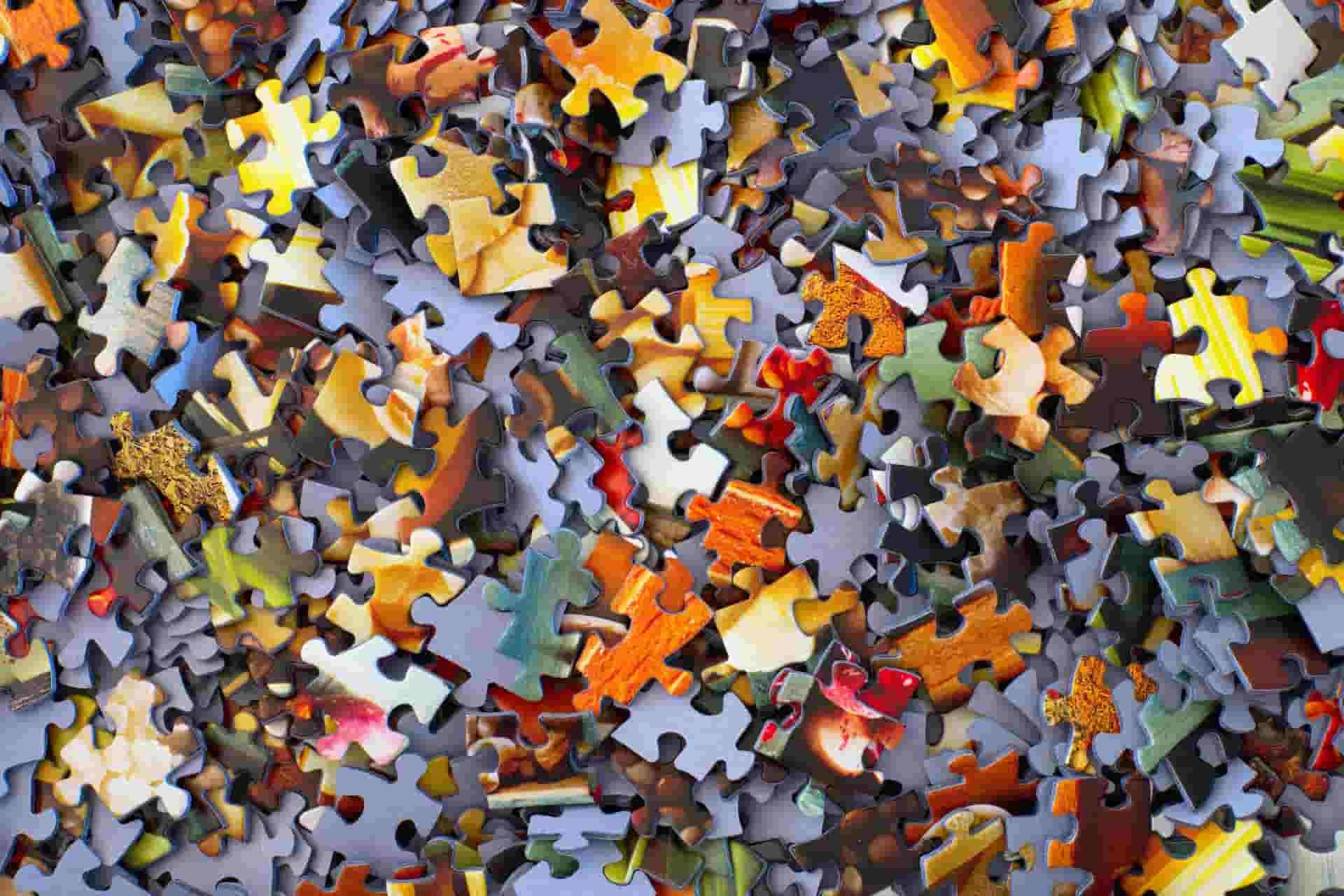 Imagen de un puzzle que representa las piezas de un page builder.